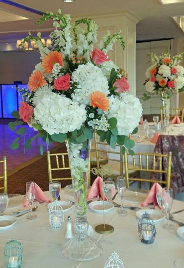 peachy elevated centerpiece