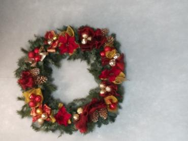 traditional wreath 30""