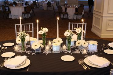 Black & white long composite centerpiece