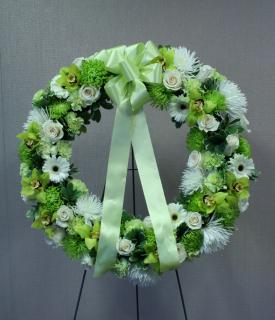 Serene Green Standing Wreath