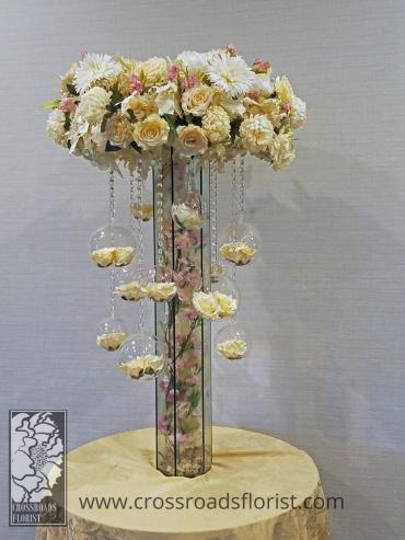 Hanging Roses Place card Table Arrangement