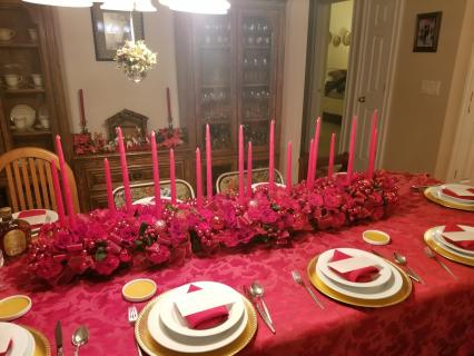 long & red Christmas Centerpiece