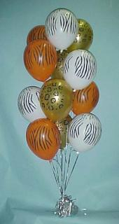 Simple dozen balloon centerpiece