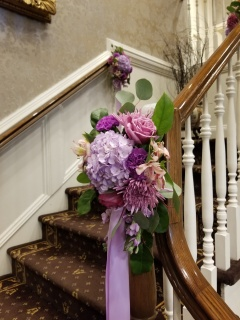 Stair case bannester bouquet