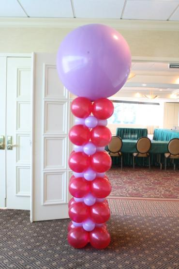 Giant balloon square pack column