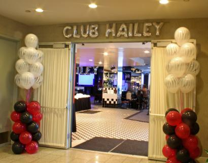 Club Hailey Small Balloon Letters